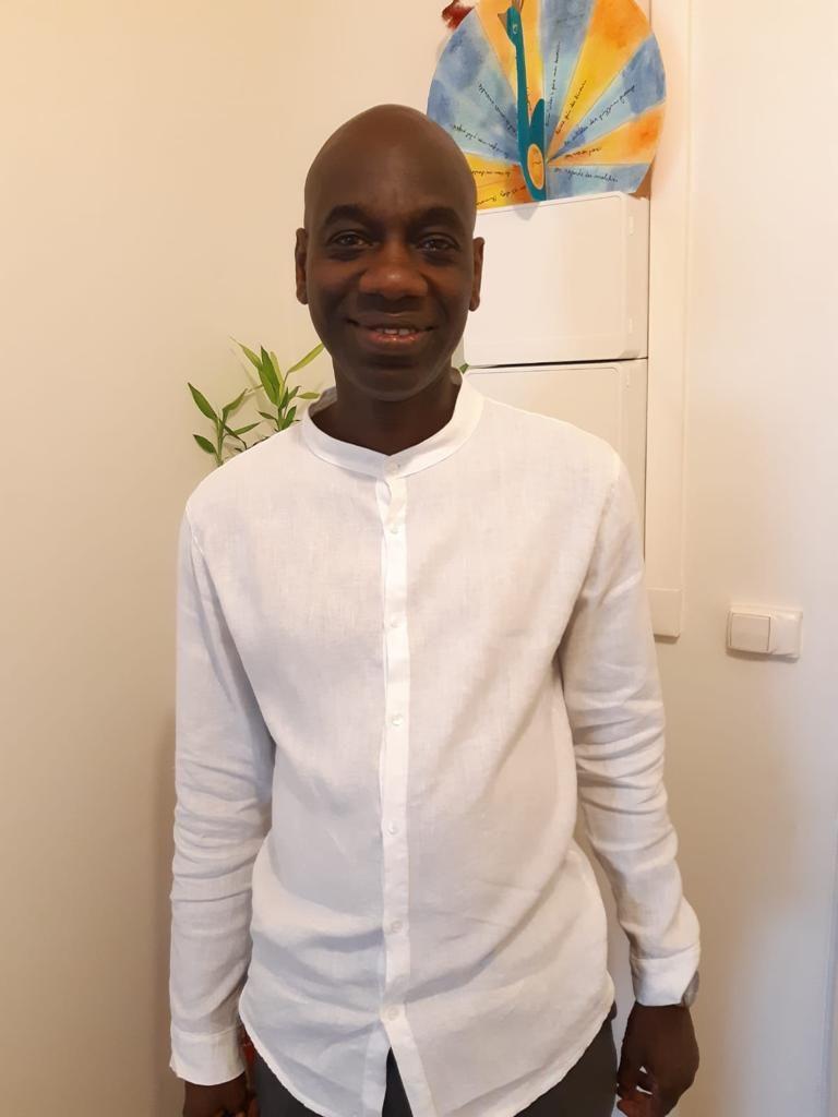 Plainte de Mamour Diallo contre SONKO pour « diffamation et injures publiques » : Un délinquant n'a aucun honneur à défendre : sa place est en prison.(Par Seybani Sougou)