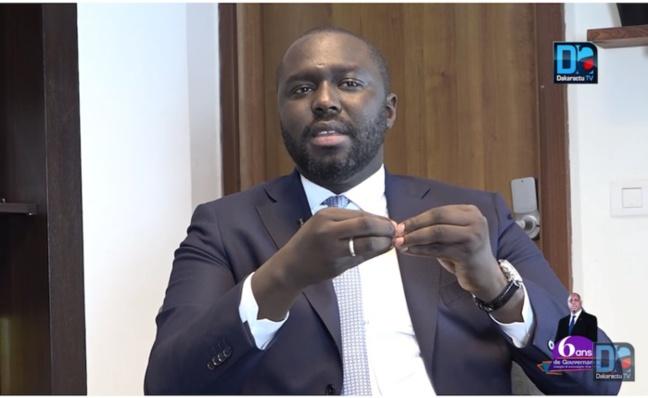 Abdou Karim Fofana reconnaît que le Sénégal nest pas très propre… traite de Sonko de menteur… et refuse de parler du troisième mandat.