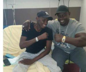 Bombardier : » Mon frère faisait ses prières sur son lit d'hôpital malgré »