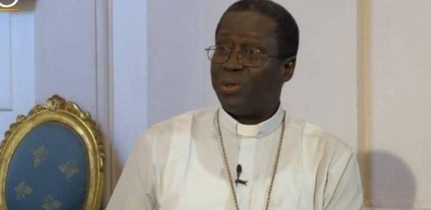Mgr Benjamin Ndiaye : «Arrêtez de boire de l'alcool»