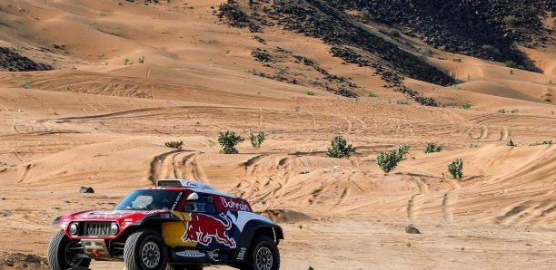 Le Dakar à l'assaut des pistes controversées d'Arabie Saoudite
