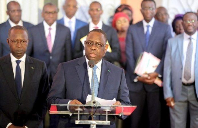 COVID-19 : Macky Sall annonce la réduction des missions à l'étranger