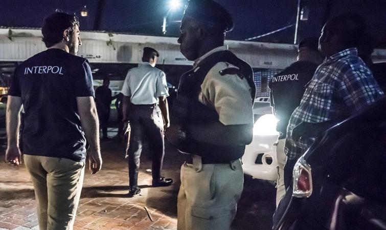 COVID-19: INTERPOL ALERTE SUR LA PRÉSENCE D'UN FAUX MÉDICAMENT AU SÉNÉGAL