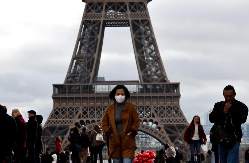 Covid-19: nouvelle flambée des contaminations en France