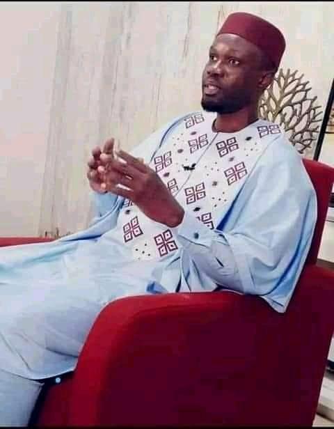 Suivez la conférence de presse de Ousmane Sonko